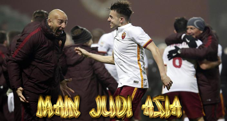 AS ROMA MENANG DI PERTANDINGAN AWAL